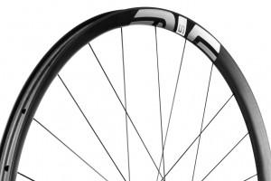 ENVE-M525-G-gravel-wheel-rim-carbon-tubeeles-1.jpg