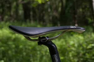 Fabric-Line-Titanium-saddle-8.jpg