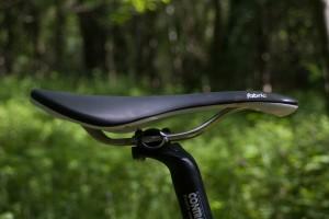 Fabric-Line-Titanium-saddle-8.jpg