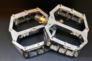 2020-Nukeproof-Horizon-2-flat-pedals-100.jpg