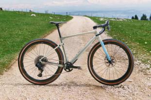 BMC URS gravel bike copy.jpg