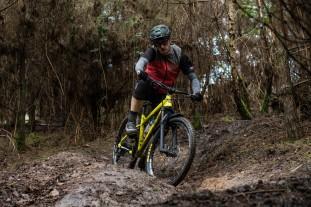 Bird Cycleworks Zero AM Boost hardtail Riding-11.jpg
