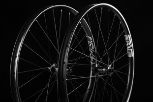 2020 enve foundation am30 hero