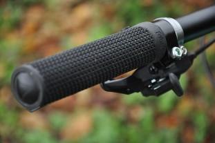 Fabric-AM-grip-review-100.jpg