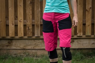 GORE Women All Mountain Shorts-1.jpg