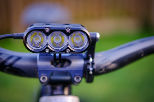 Gloworm XSV Front Light-7.jpg