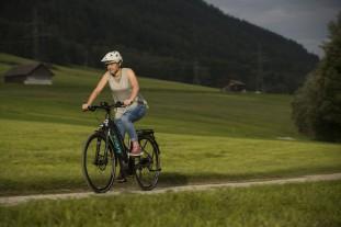 Liv Amiti E-bike riding17.JPG