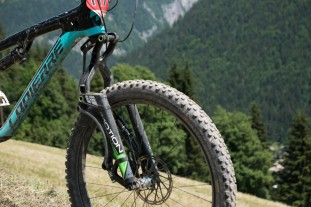 Motion-E18-linkage-fork-first-ride-review-100.jpg