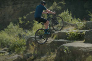 Video: Chris Akrigg Crossroads gravel bike