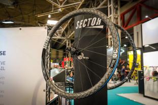 Sector aka Kinesis Carbon wheels-3.jpg