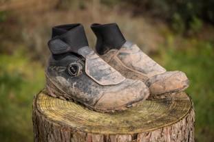 Shimano MW7 Gore-Tex shoes-1.jpg
