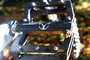 eXotic-Alloy-Flat-pedals.jpg