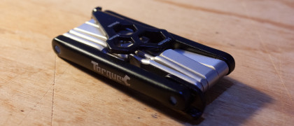 Oxford-Torque-Slimline-12-Multitool-review-4.jpg