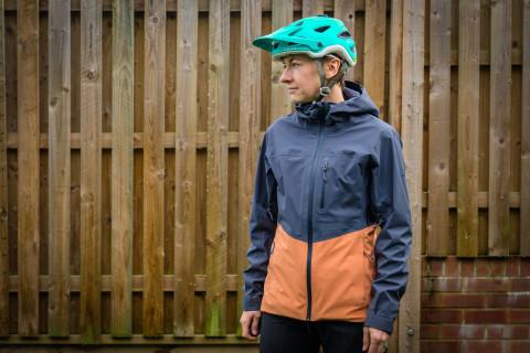 Dakine Arsenal 3L women's waterproof jacket-2.jpg