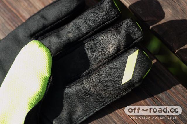 100% hydromatic waterproof glove fingertip.jpg
