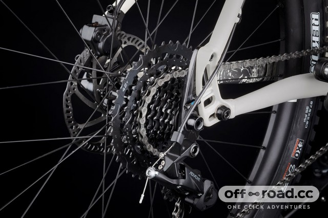 2019-microshift-advent-wide-range-9-speed-mountain-bike-rear-cassette.jpg