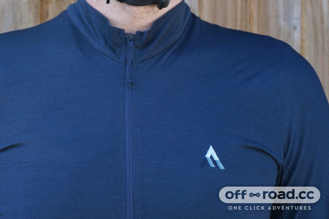 2020 7Mesh Ashlu Merino Jersey - Zip and Logo.jpeg