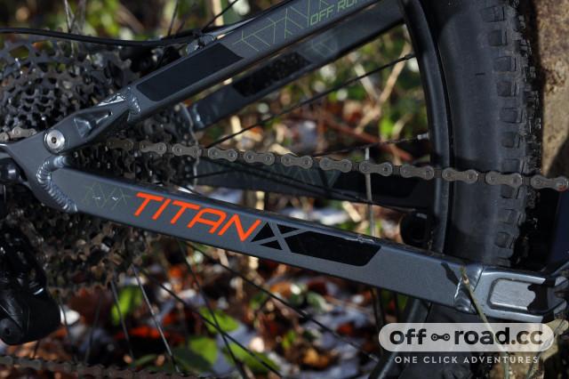 2020 Carrera Titan X chain stay.jpg
