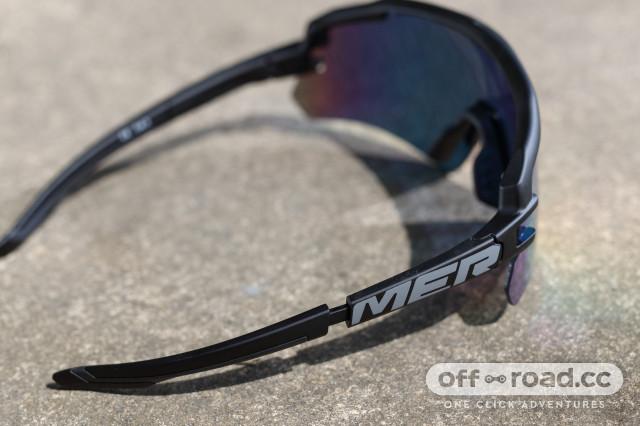 2020 Merida race glasses arm.jpg