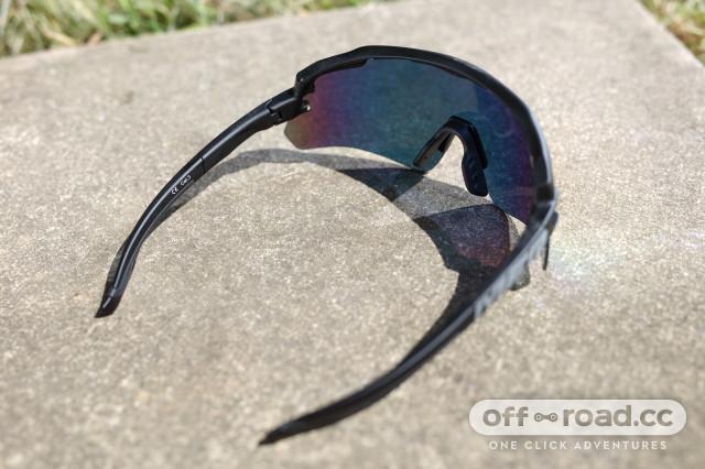2020 Merida race glasses back.jpg