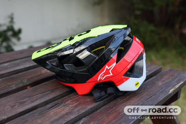 2020 alpinestars vector tech mips  side.jpg