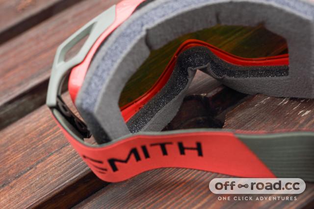 2020 smith optics fuel v2 foam.jpg