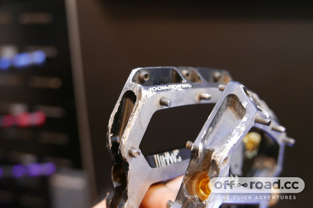 2020-Nukeproof-Horizon-2-flat-pedals-101.jpg