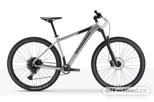 2021 Boardman Bikes MHT 8.8 copy.jpg
