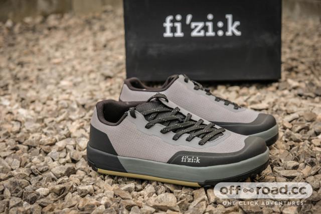 2021 Fizik Versor  Flat and Clip shoes -3.jpg