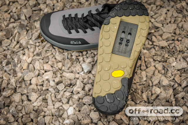 2021 Fizik Versor  Flat and Clip shoes -6.jpg