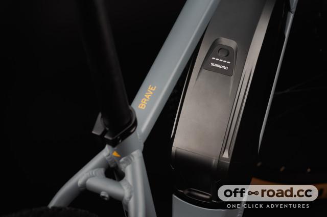 2021 cairn flt bar battery.jpg