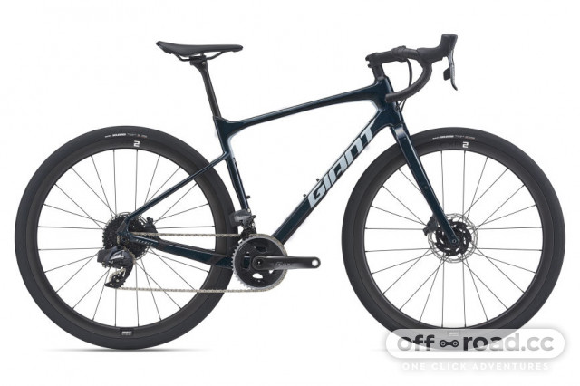2021 giant revolt advanced pro 0.jpg