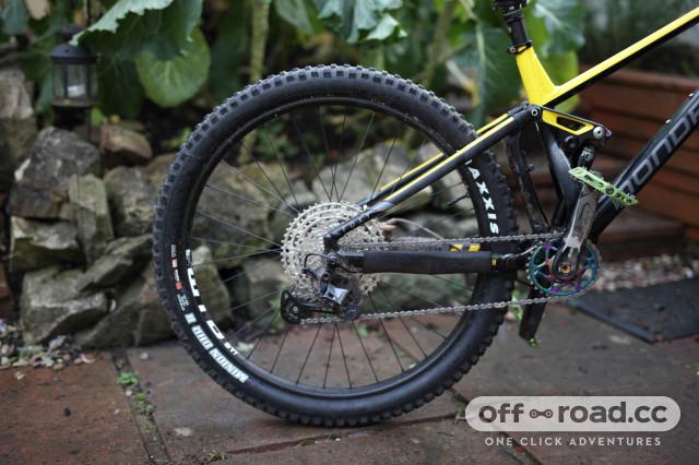 2021 mullet bike rear wheel.jpg