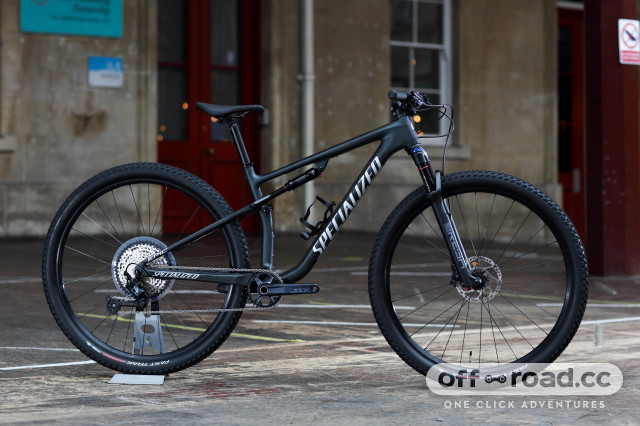 2021 specialized epic comp first look straight.jpg