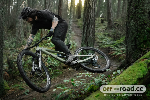 2021 yt jeffsy core 3 riding 2.jpg