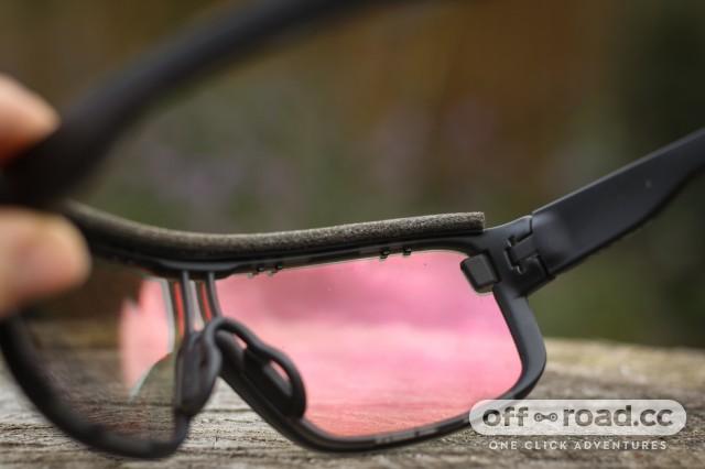 f8b4f23120f7 Adidas Zonyk Pro Vario glasses review   off-road.cc