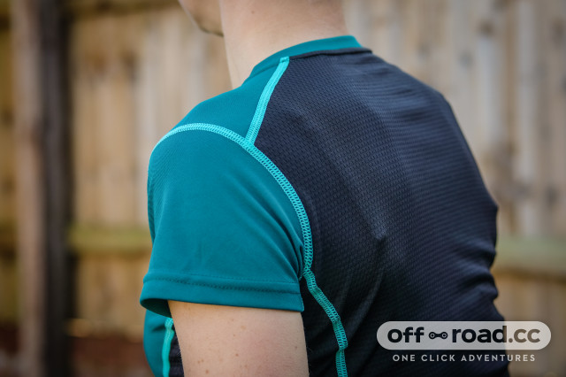 Alpkit Koulin Trail Tee base layer-3.jpg