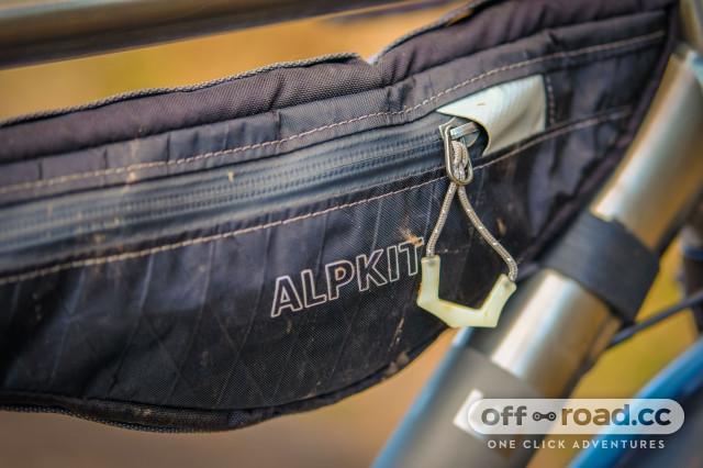 Alpkit Possum Frame Bag-2.jpg