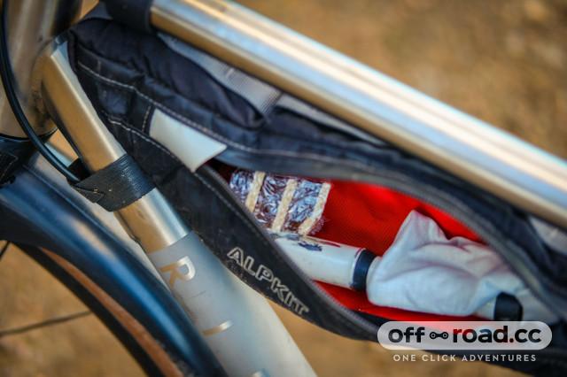 Alpkit Possum Frame Bag-5.jpg