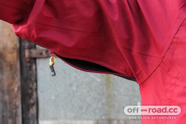 Altura Five 40 Waterproof Jacket-7.jpg
