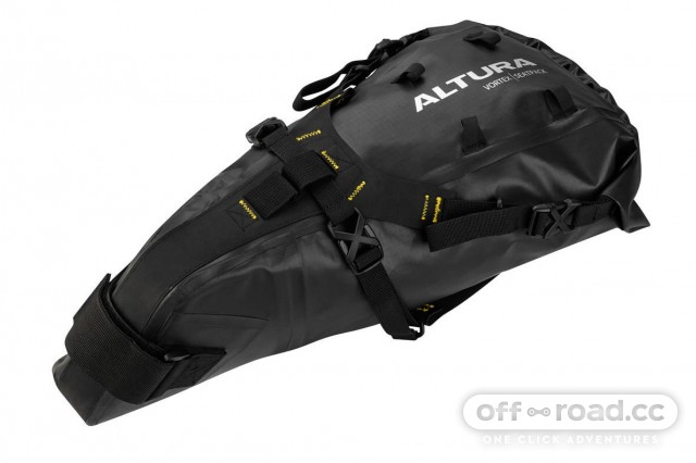 Altura-Vortex-Seatpack-Saddle-Bags-Black-2016-ALVORSPB (1).jpg