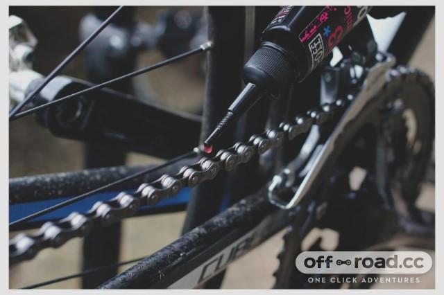 Apply Chain lube Bike