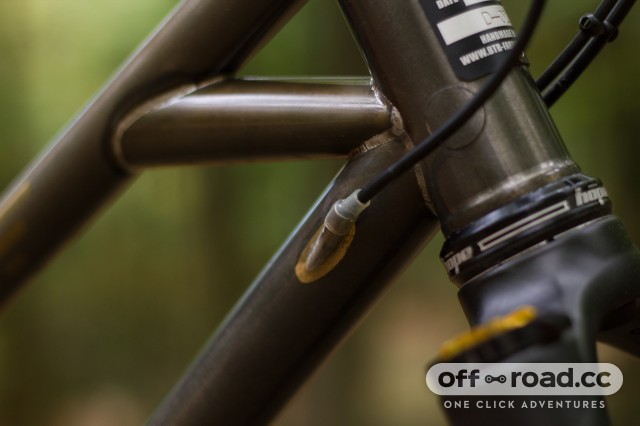 BTR Fabrications Pinner Detail cable routing.jpg