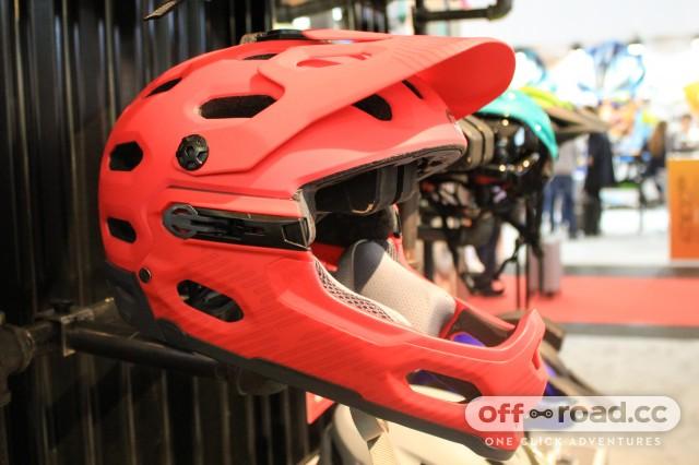 Bell helmet-2.jpg