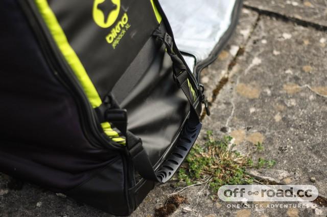 Biknd-Jetpack-XL-bike-bag-review-103.jpg