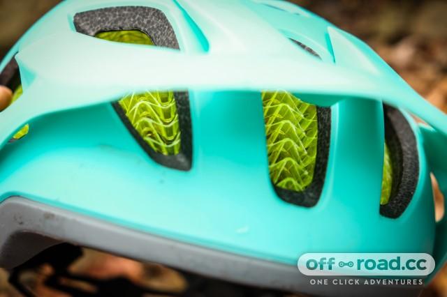 Bontrager Blaze Wave Cell Helmet-18.jpg