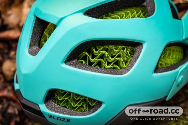 Bontrager Blaze Wave Cell Helmet-7.jpg