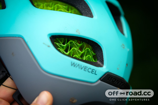 Bontrager Blaze WaveCel Helmet-10.jpg
