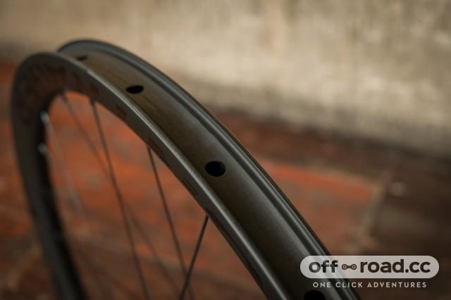 Bontranger Aeolus Pro 3V gravel wheels-5.jpg