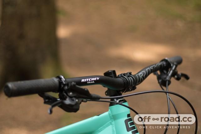 Calibre Ladies Bossnut V2 Detail Bars-16.jpg